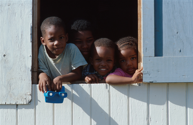 Kinder - Kids, Antigua & Barbuda